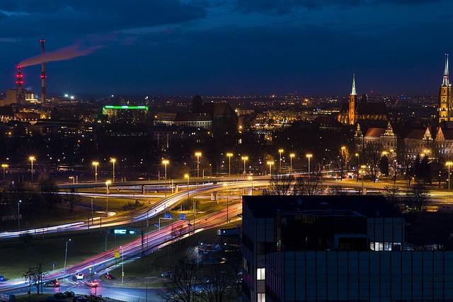 Trudności w komunikacji samochodowej we Wrocławiu – jak wpływają na stawkę OC?